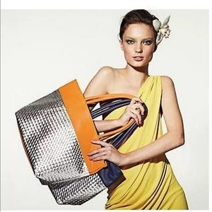 Saks fifth Ave woven tote bag orange new